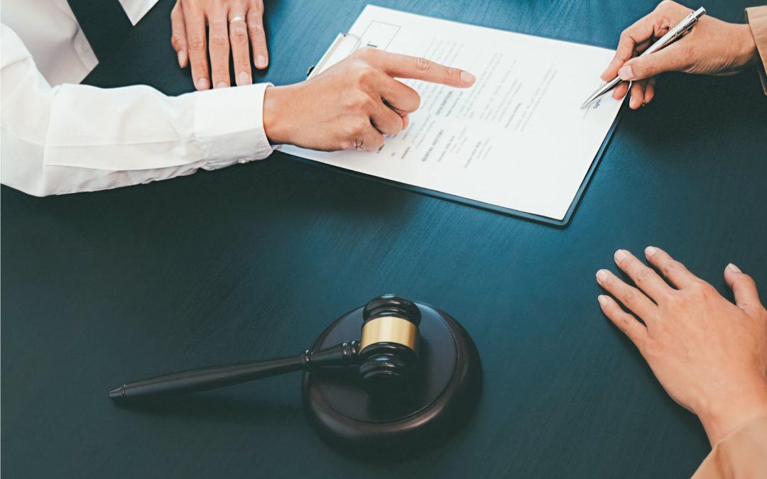 ¿Qué son las legítimas y la desheredación?
